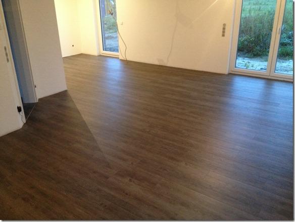 fussboden im wohnzimmer ist fertig baublog b denbender. Black Bedroom Furniture Sets. Home Design Ideas